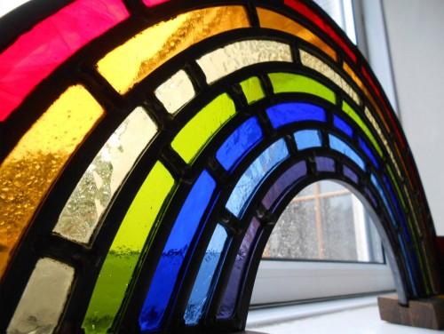 Rainbow & Bespoke Teak Stand