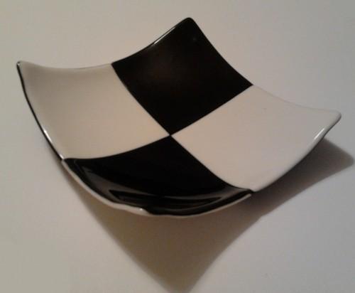 Gloss Checked Lounge Bowl